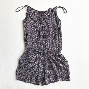 QED London floral tank romper size 10(small)
